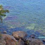 Прозрачная морская вода и большие скалистые камни, Одесса