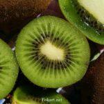 Плоды киви в разрезе